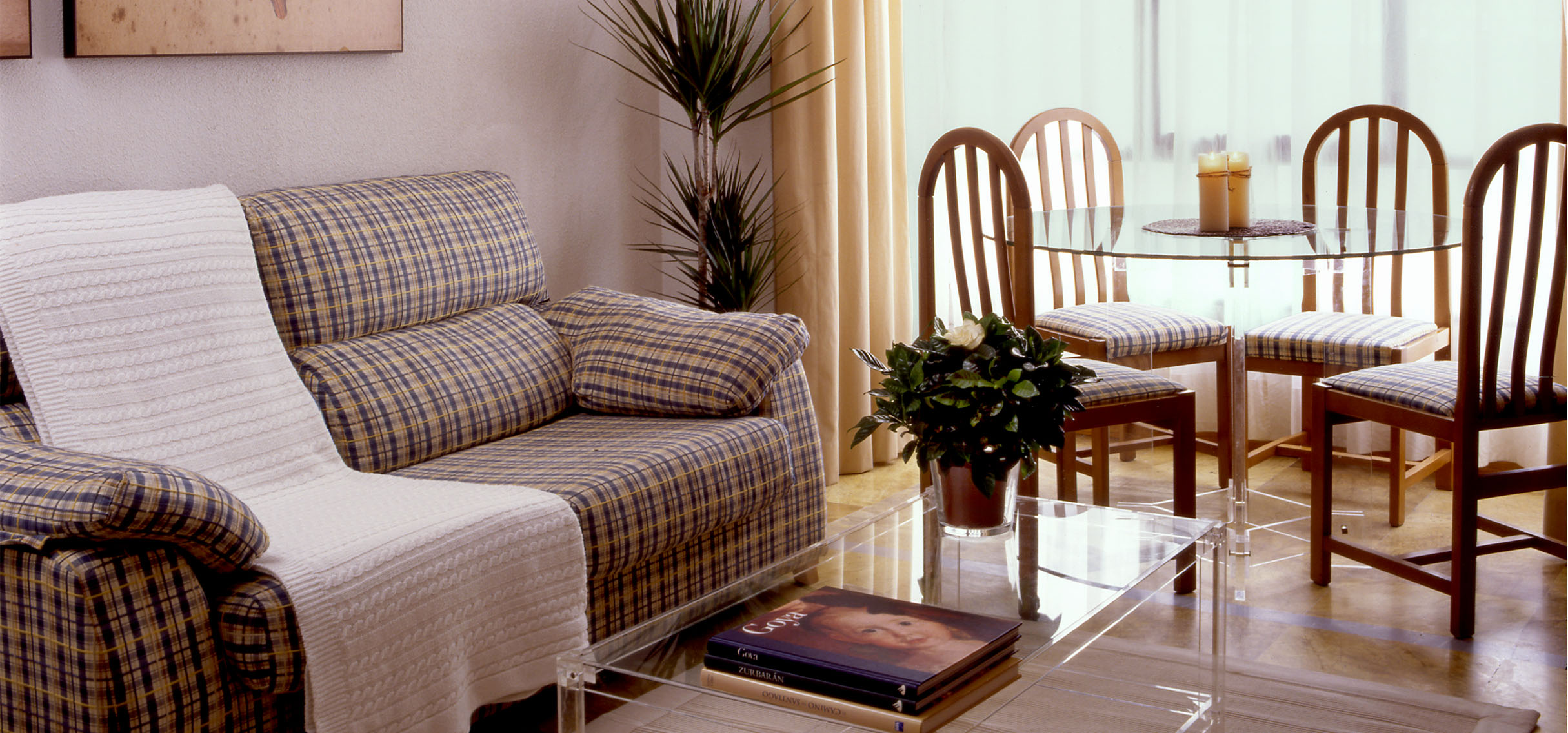 Pisos y apartamentos en alquiler en madrid piso en azca for Alquiler apartamentos sevilla espana