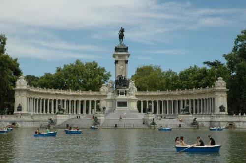 Proinca. Madridfansblog. Barcas para remar en el Parque del Retiro de Madrid