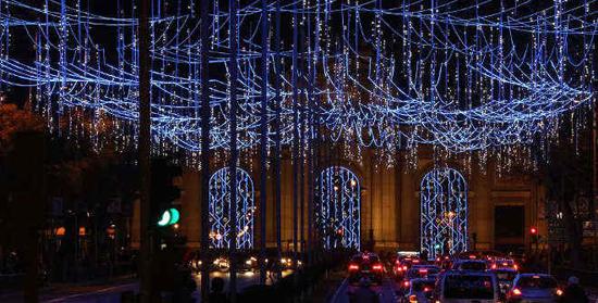 luces navidad puerta de alcala madrid